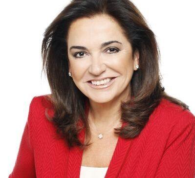 Η Ντόρα Μπακογιάννη ανακοίνωσε  ότι πάσχει από «πολλαπλό μυέλωμα σε πολύ αρχικό στάδιο»